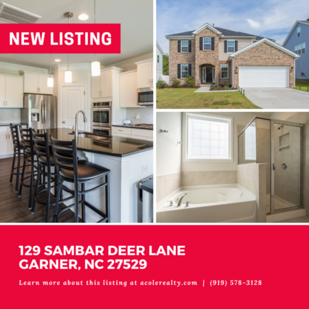 *NEW LISTING* Light & Bright 'like new' home in an convenient Garner location