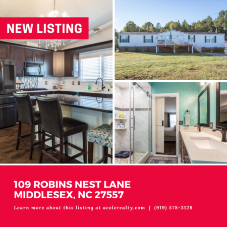 *NEW LISTING* This three bedroom ranch home sits on almost 1 acre!