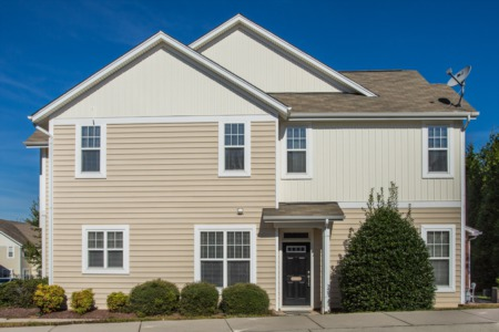 New Listing!  End Unit Townhome in Glenwood North!