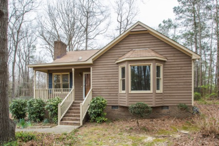 New Listing on Adorable Ranch Home in Garner!