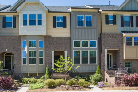 Price Reduction! 3 Bedroom/2.5 Bath Townhome in Apex!