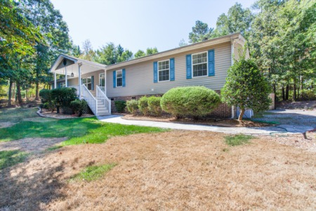 *BACK ON MARKET* 408 Pearson Drive in Durham!