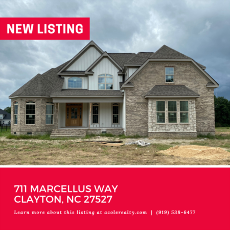 *NEW LISTING* New Construction in the Spectacular Golf Course Community of Riverwood!