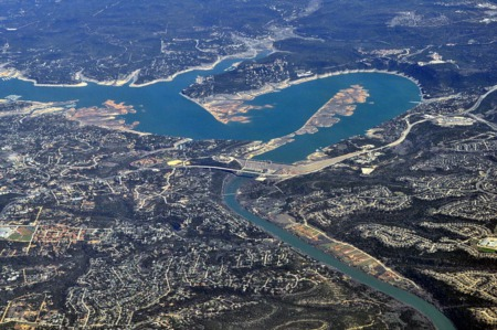 What is Devil's Cove in Lake Travis?