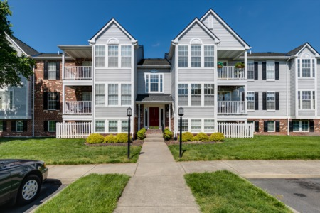 Glen Allen Real Estate Listing - UNDER CONTRACT