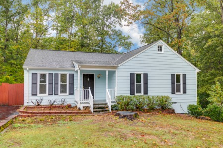 Midlothian Home - JUST LISTED!