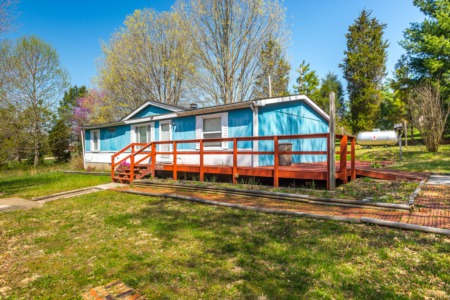 Great Location with Wooded Lot!