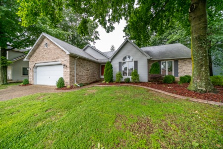 Beautiful UPGRADED Home in New Albany has it All!