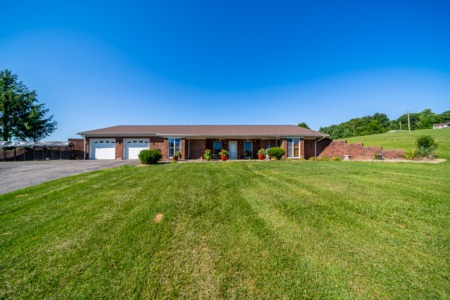 5 Acre Lanesville Home w/ POOL!