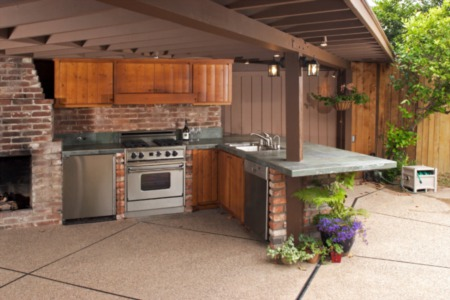 Five Reasons Why Adding an Outdoor Kitchen Is the Ultimate Summer Upgrade for Your Home