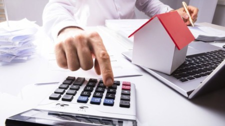 Do I Need an Accountant This Year? 5 Signs the Answers Is Heck, Yes!