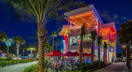 Crabby's Dockside on Clearwater Beach is Awesome!