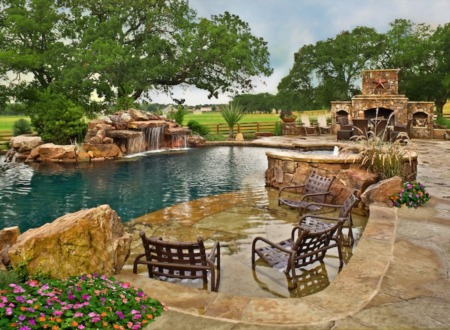 Building A Pool In Texas