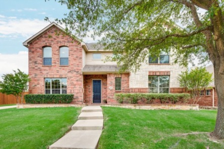 SOLD - 4505 Farringdon Lane