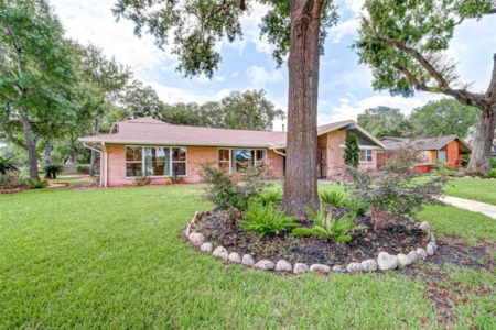 Glenbrook Valley (Houston) owner-financed & rent-to-own homes