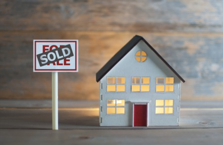 Sell Your House and Buy One at the Same Time: Some Tips for Success