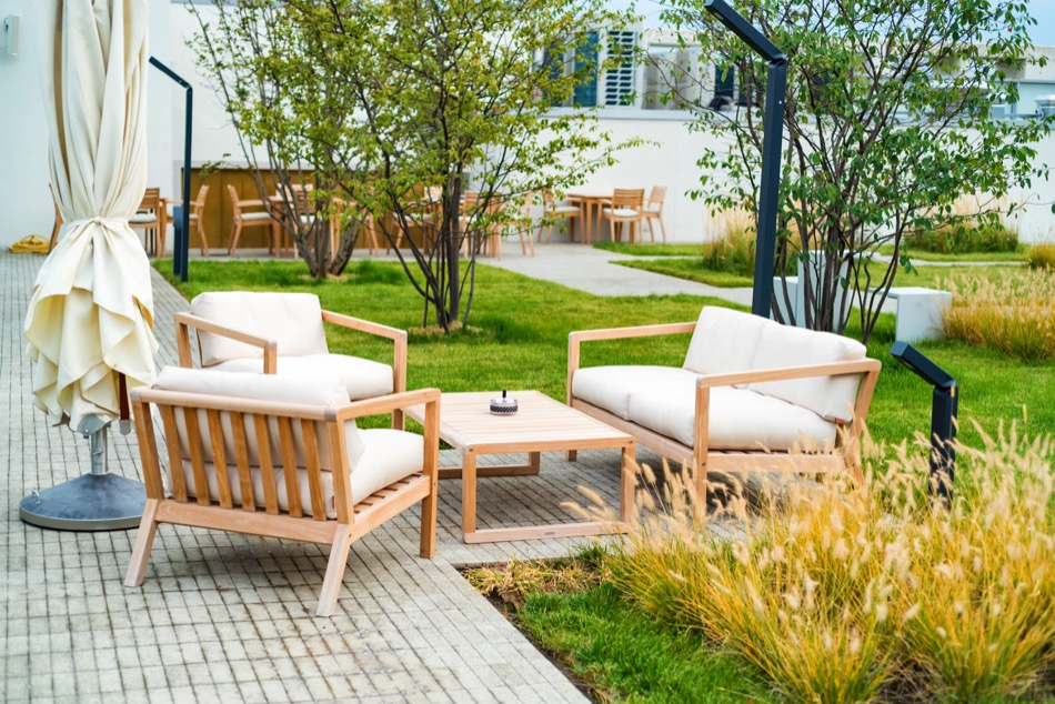 Everything You Need to Know About Designing Outdoor Living Space