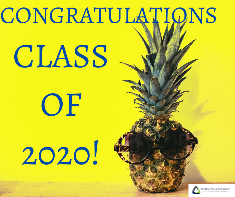 pineapple wearing sunglasses next to text reading congratulations class of 2020!