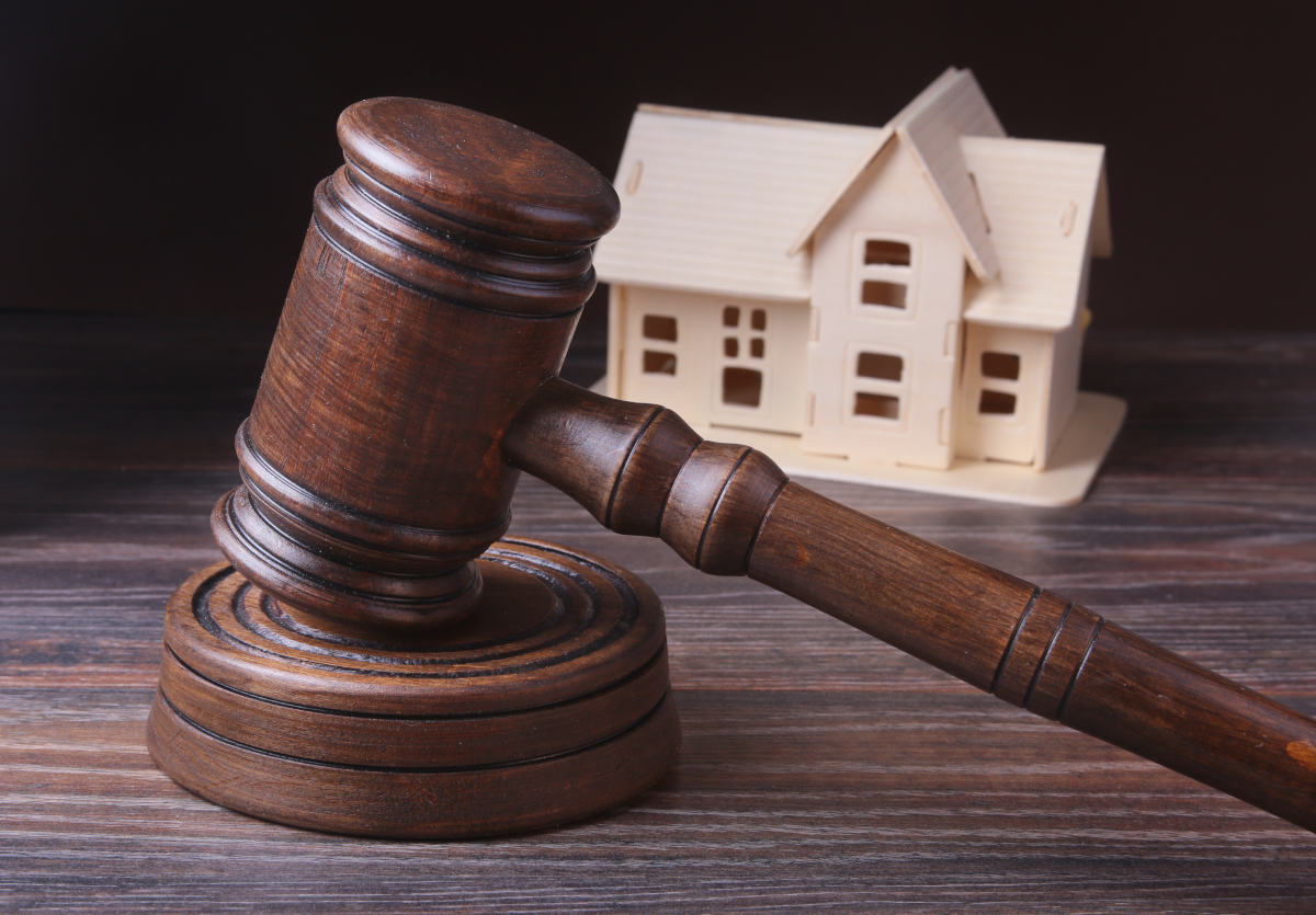 The Plain Truth About Buying a Pre-Foreclosure Home