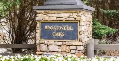 Broadwell Oaks