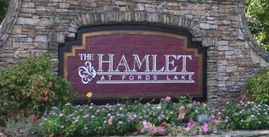 Hamlet at Fords Lake