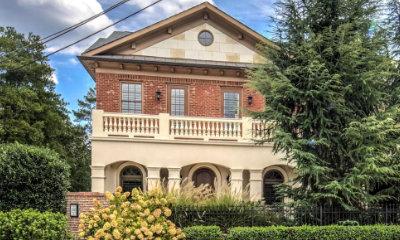 Lenox Manor