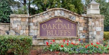 Oakdale Bluffs