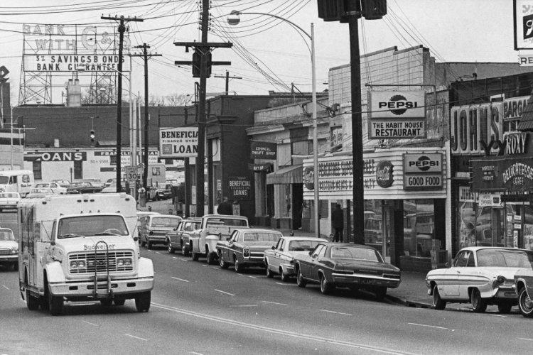 Tenth Street in 1966