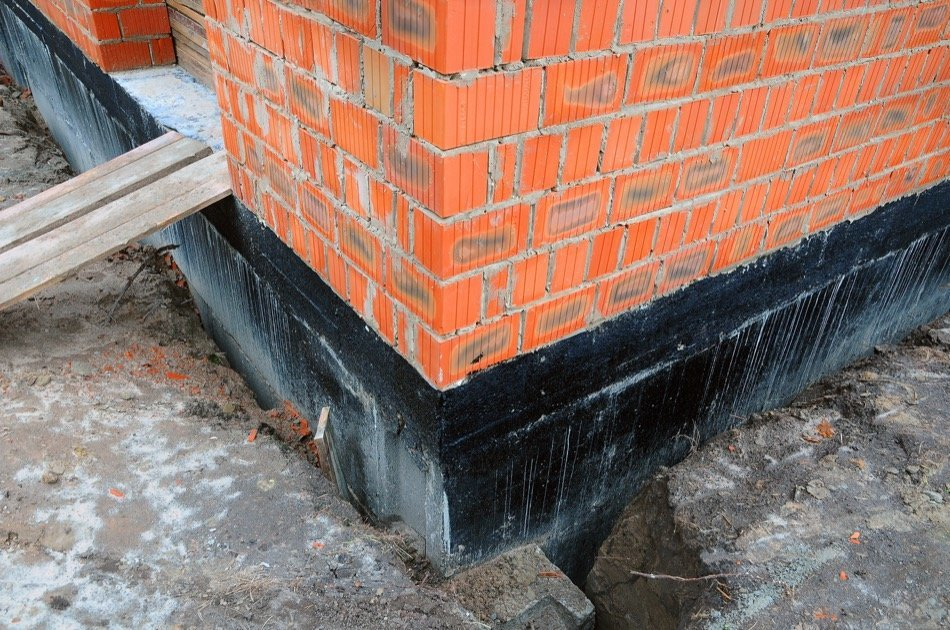 Signs of Foundation Damage in a Home and Related Repairs