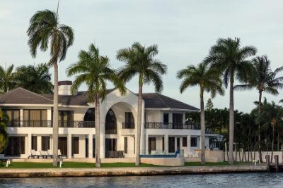 sarasota beachfront homes for sale