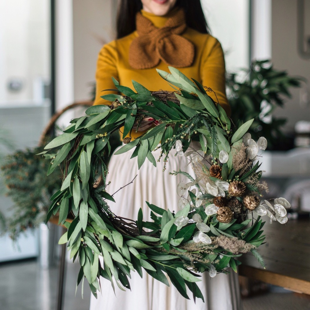 6 Easy Ways to Spruce up Your Home for the Holidays