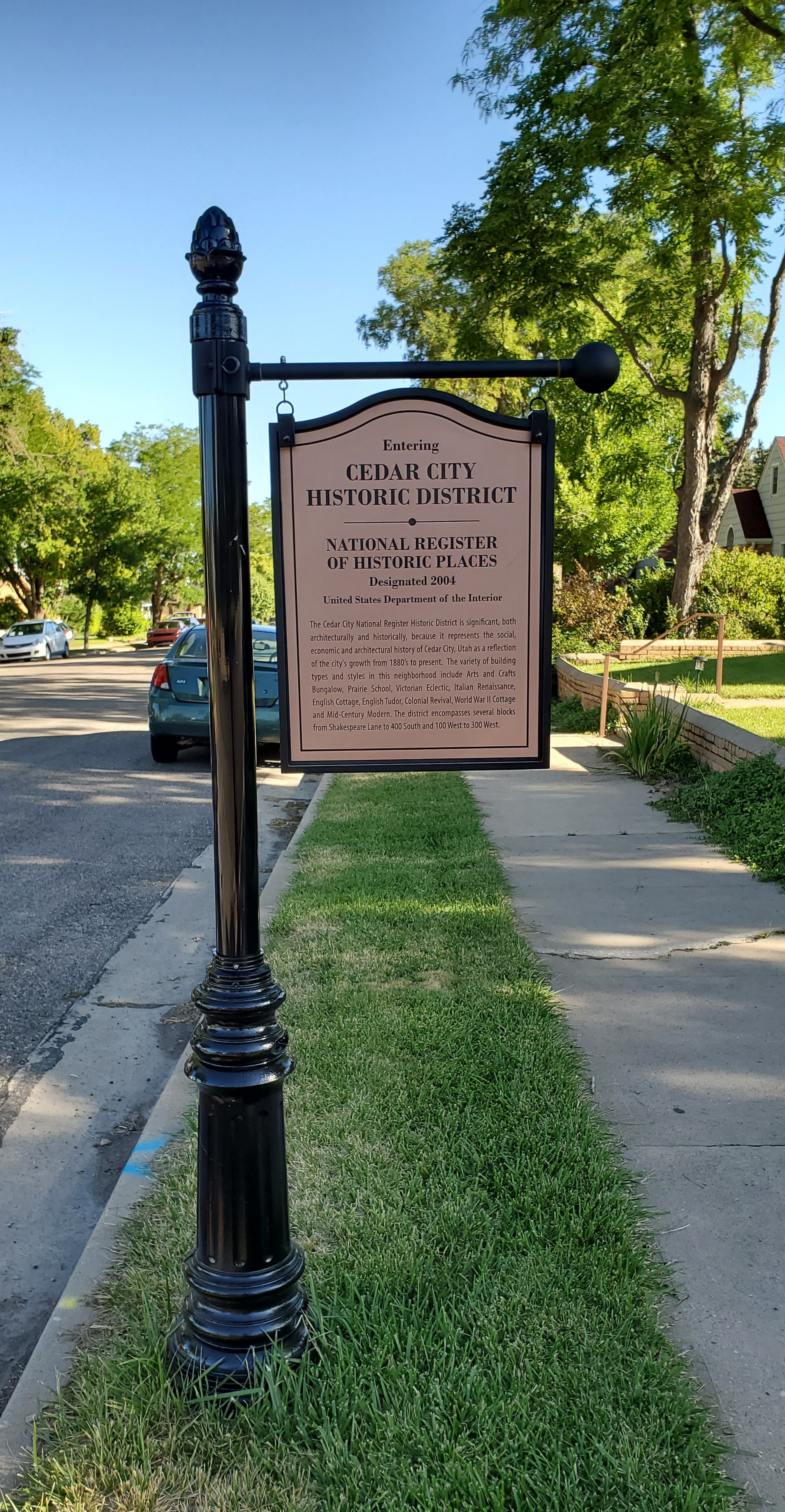Sign introducing historic district