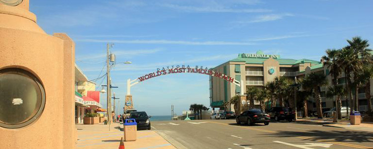 Top 5 Neighborhoods in Daytona Beach. FL