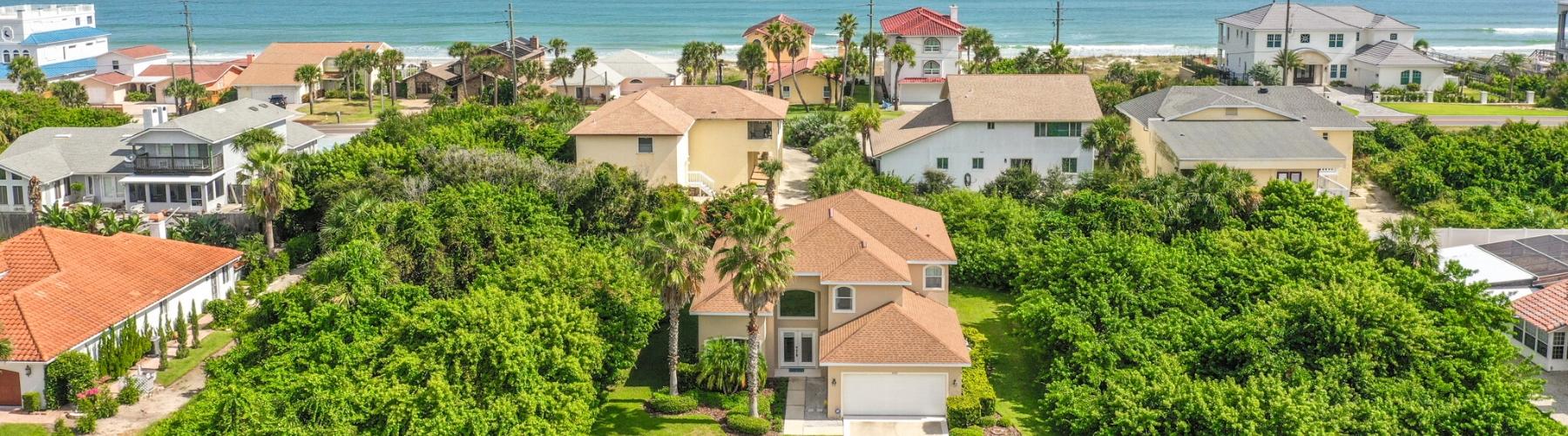 photo of a flagler beach neighborhood