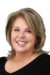 Cindy Allen is a Real Estate Agent in Haslet, Texas