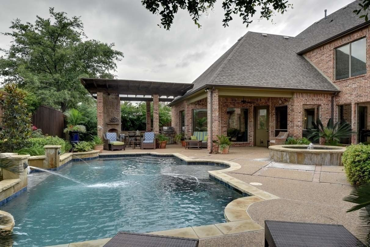 Colleyville Texas Home for Sale with swimming pool and spa