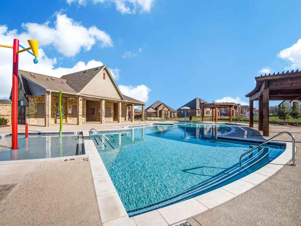 Timberbrook, Justin Texas community pool