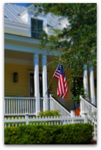 House with American Flag in Mt. Pleasant SC