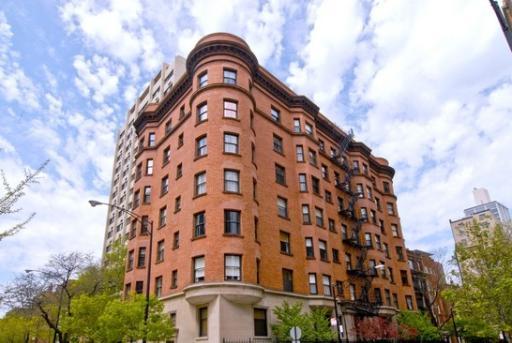 1210 North Astor Building