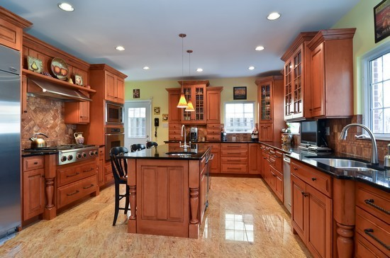 Lakeview Luxury Homes