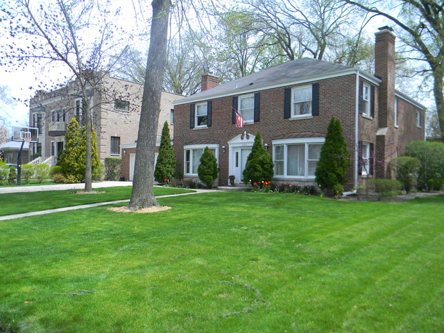 South Edgebrook Real Estate