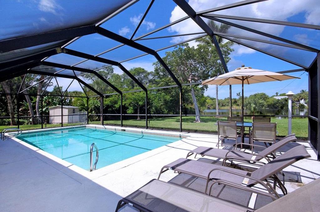 3850 coquina pool
