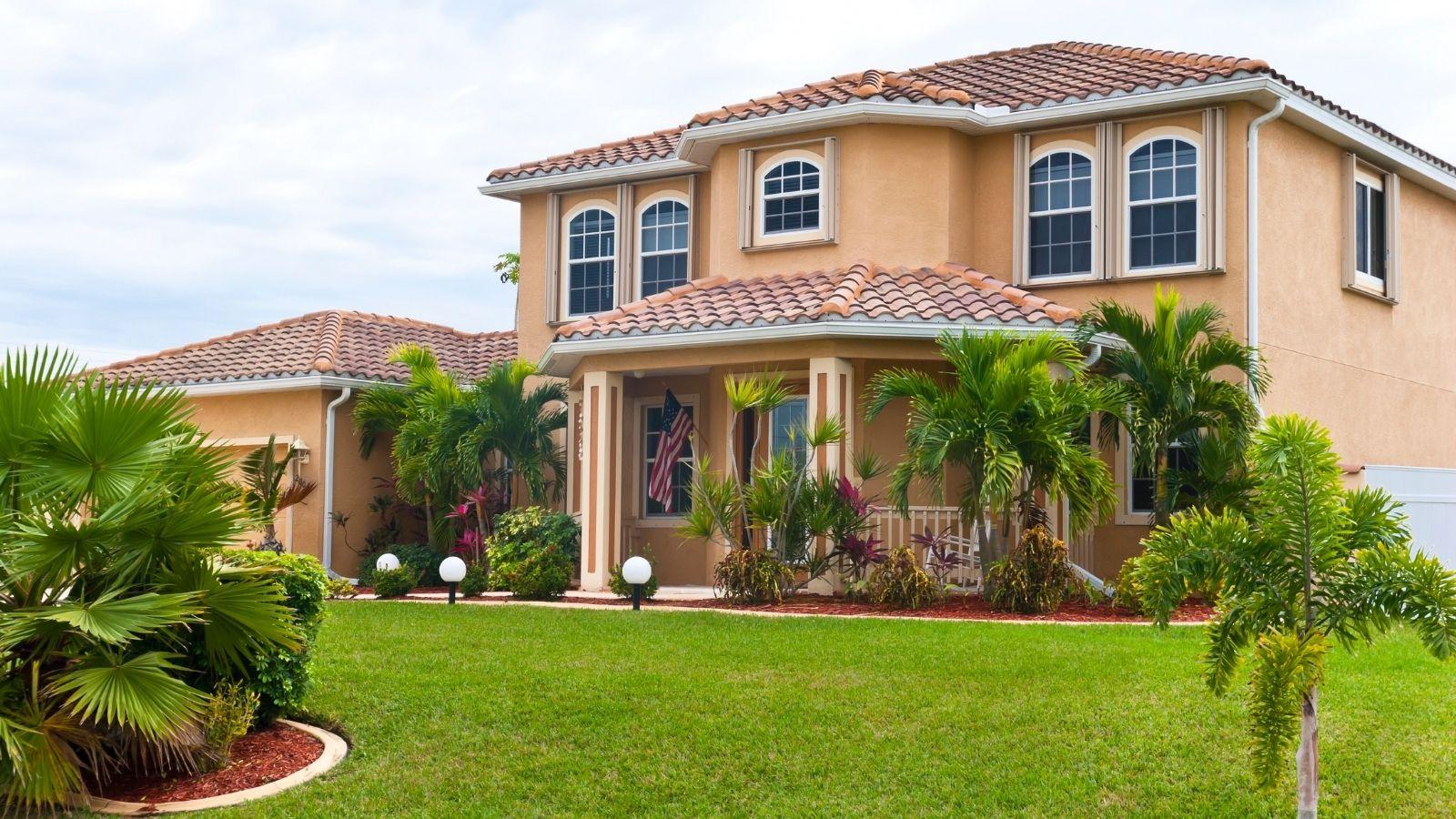 BUTTERKNIFE HOMES FOR SALE - SANIBEL ISLAND FL