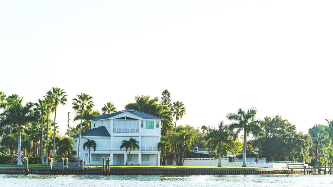 GUMBO LIMBO HOMES FOR SALE - SANIBEL ISLAND FL