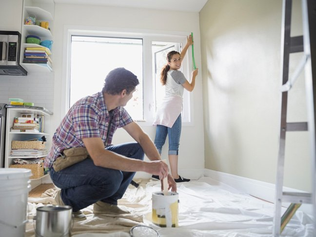 couple doing home improvement