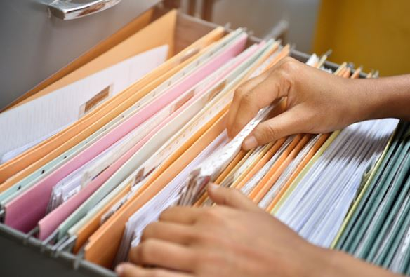 8 Real Estate Documents You Should Keep - and Why!