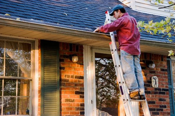 9 Outdoor Home Maintenance Tips for Spring
