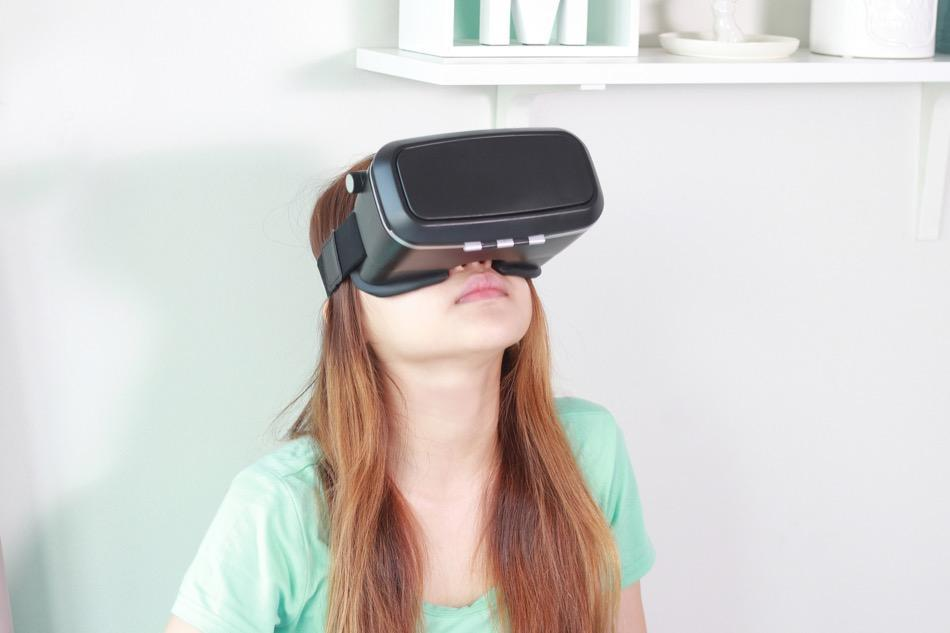 Put every advantage to use when selling a home including virtual reality.