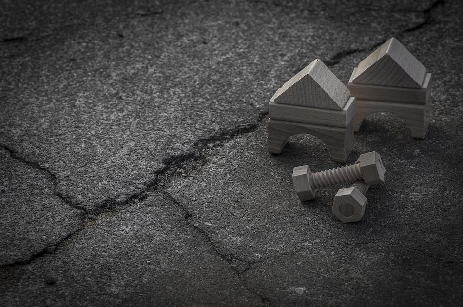 4 Signs a Home Foundation is Damaged