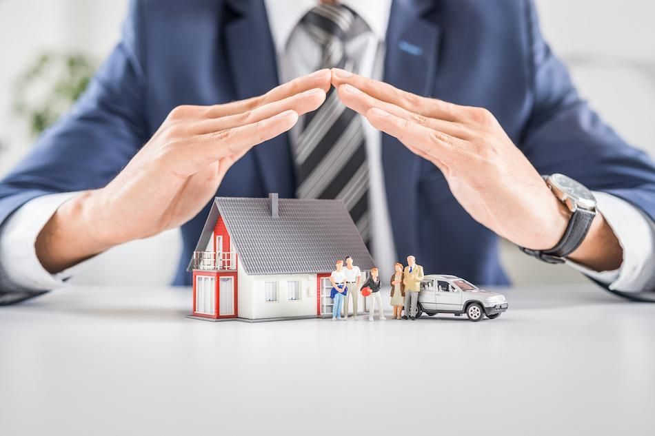 Buying a House? Time to Get Insurance